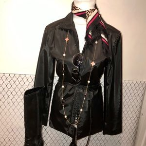 Black zip up raincoat w/ belt Trench style style